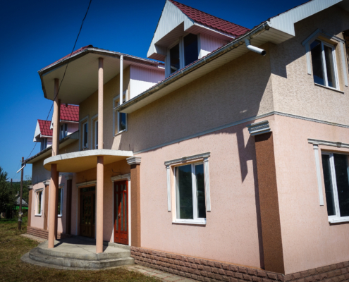 Haus für Waisenkinder in der Ukraine